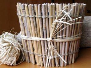 Кашпо из бамбука для орхидеи