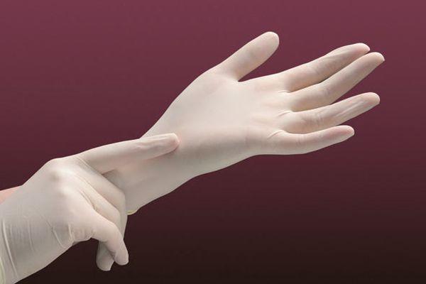 При работе с янтарной кислотой одевайте перчатки