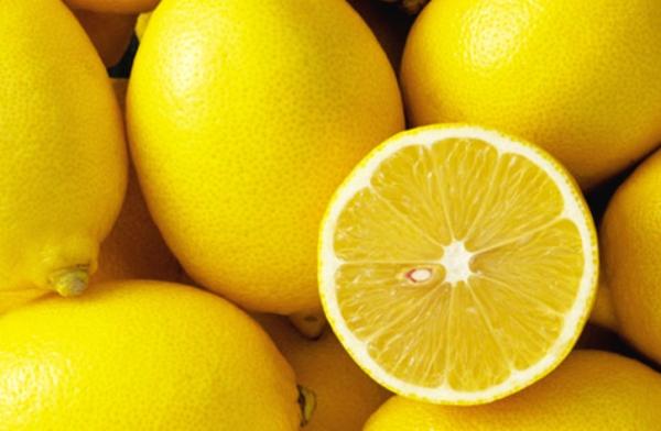 В холодильнике лимоны хранятся до 3 месяцев