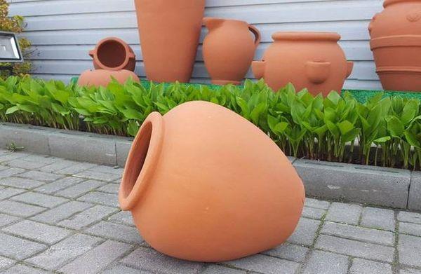 Горшокиз глины – хорошее решение для цветовода