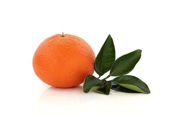 Вкус тангора похож на апельсин и мандарин